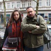 Alexei Bobrovnikov (37) mit Anastasia Galuschenko (19), der Tochter des verstorbenen Andrij Galuschenko.